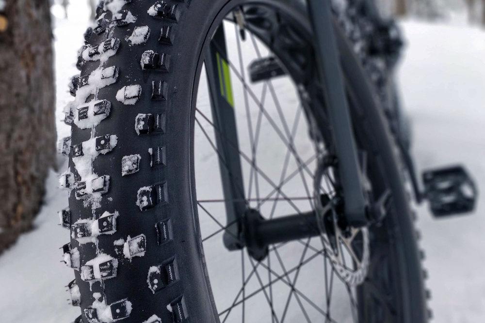 Im Winter können sich Winterreifen für das Fahrrad lohnen