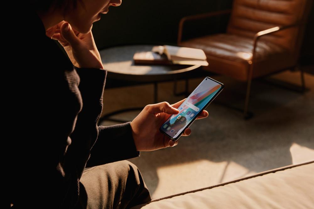 So sieht das Display der neuen Oppo Find X3-Smartphones aus.