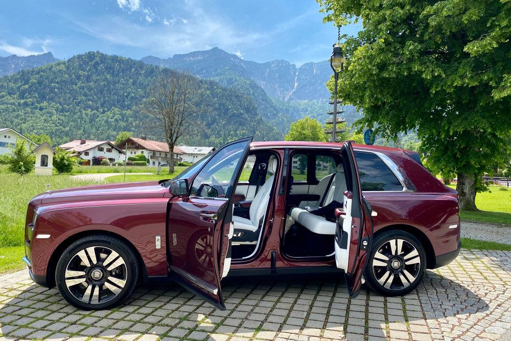 So öffnen sich die Türen des Rolls-Royce Cullinan