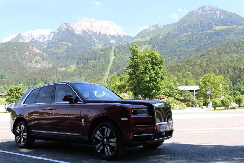 Der Rolls-Royce Cullinan am Königssee