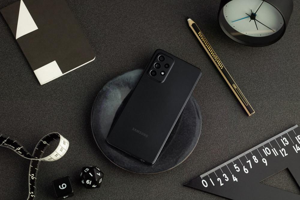 Das Samsung Galaxy A52 definiert die Mittelklasse neu.