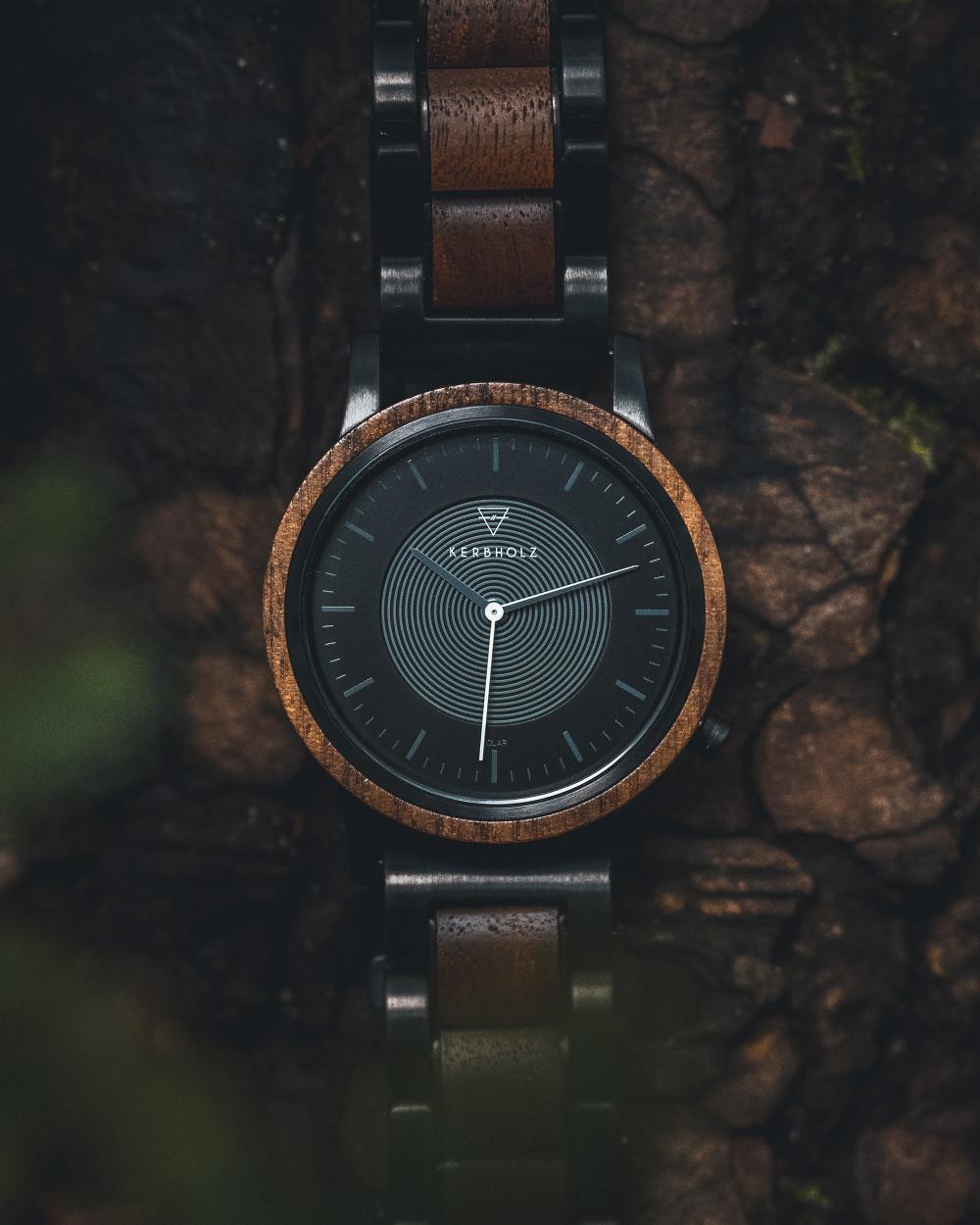 Die Holz-Armbanduhr Fred von Kerbholz ist nachhaltig