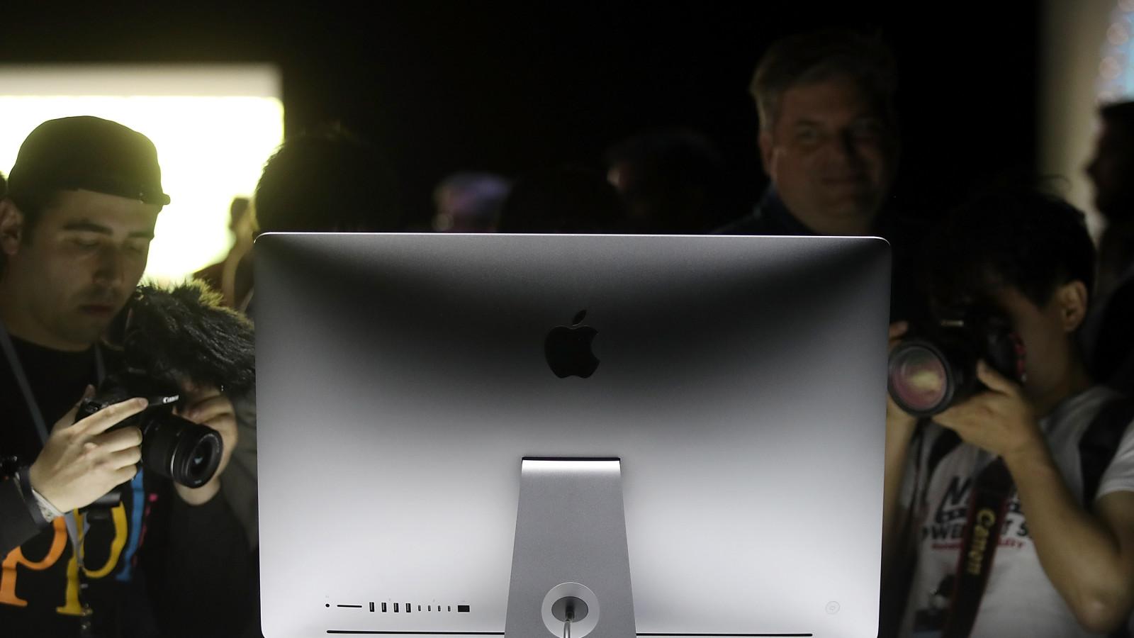 Den Apple iMac soll es 2021 auch in bunten Farben geben.