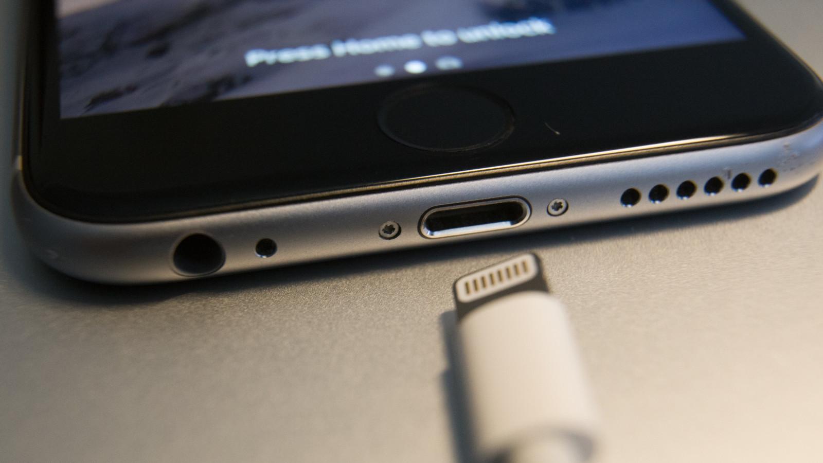 Apple möchte künftig auf robustere Ladekabel setzen.