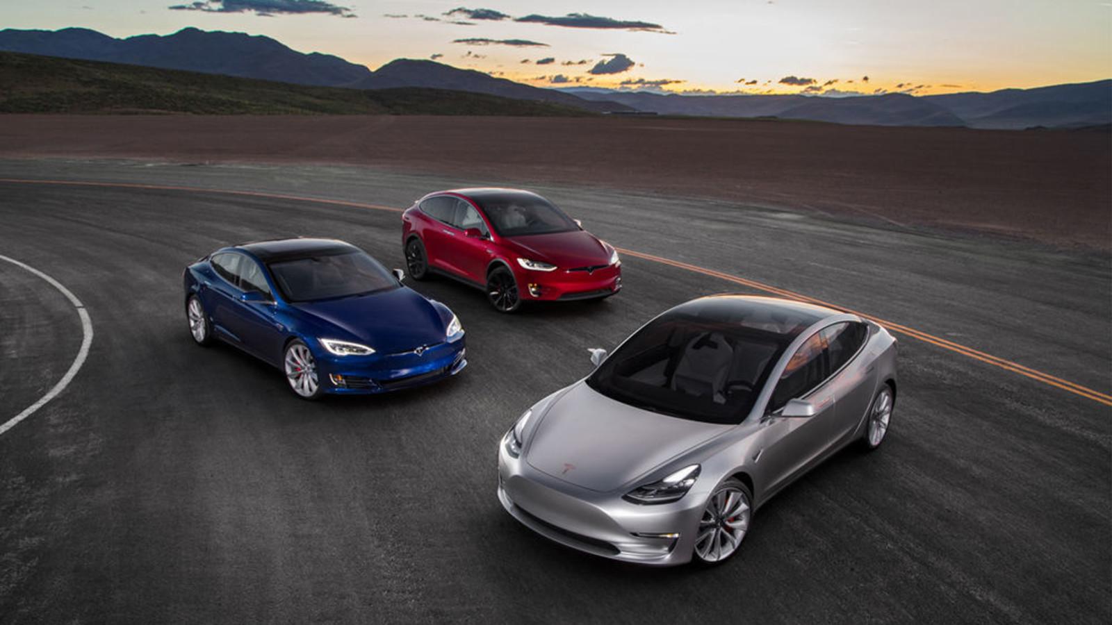 Hinter den aktuellen drei Tesla-Modellen, die auf dem Markt sind, steckt ein Sexwitz.