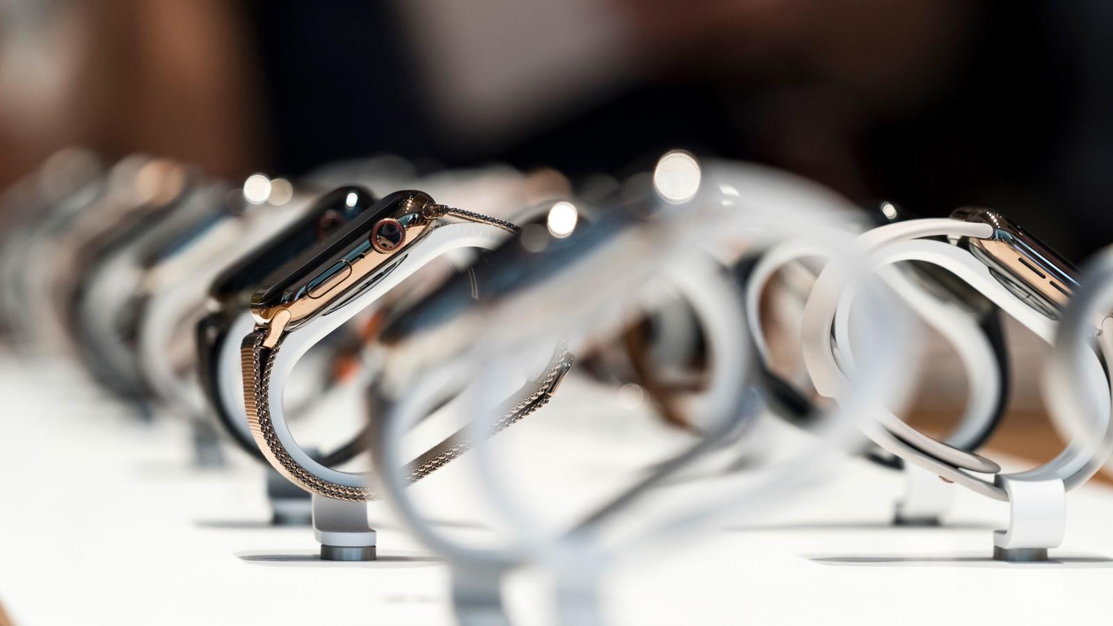 Stiftung Warentest untersucht Smartwatches im Test 2020