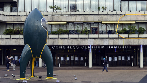 Beim 33C3 Kongress des Chaos Computer Club geht es gegen das Düstere