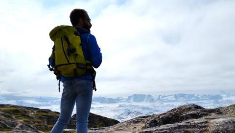 Überleben auf einer treibenden Eisscholle: Der Abenteurer Alex Bellini im Interview