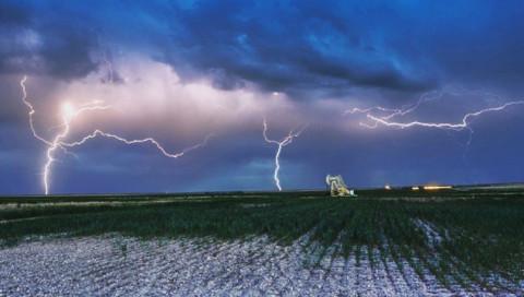 Die Fotos des Sturmjägers Andreas Holz zeigen, wie schön Gewitter sind