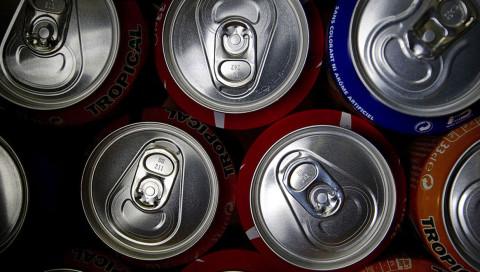 Ein New Yorker Startup lässt Cola-Dosen nach Hause funken