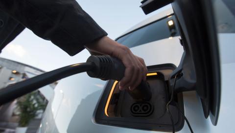 China plant ab 2018 eine Elektroauto-Quote