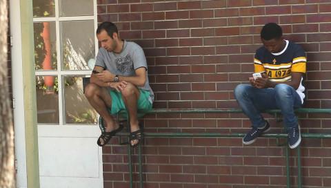 Smartphones sind für Flüchtlinge überlebenswichtig!
