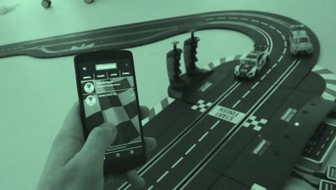 Carrera-Bahnen gibt es jetzt mit App — wir haben sie getestet