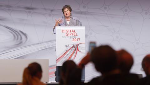 Digital-Gipfel: Sollen Patientendaten in die Cloud?