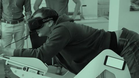Mit ICAROS durch virtuelle Realitäten fliegen wie Superman — WIRED versucht es