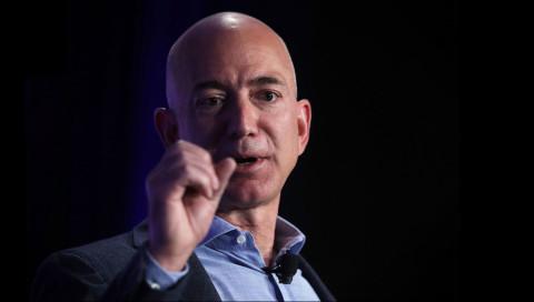 Fabriken im Weltall: Wie Jeff Bezos die Erde retten will