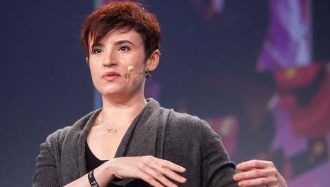 """re:publica / Laurie Penny: """"Wir können nur werden, was wir uns auch vorstellen können"""""""