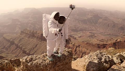 Mit Selfie-Stick zum Mars? Ein französischer Fotograf simuliert Reisebilder vom Roten Planeten