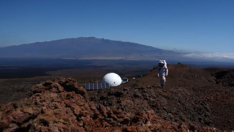 Christiane Heinicke erzählt von ihrem Jahr auf dem Mars