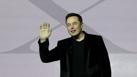 E-Bike oder Gasmaske? Was Elon Musk angeblich bald vorstellt