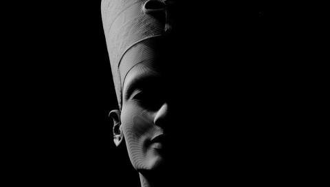 Versteckte Grabkammern: Wurde Tutanchamun neben Nofretete bestattet?