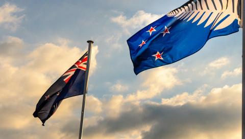 Neuseeländer stimmen für bisherige Flagge – Sorry, Silberfarn!