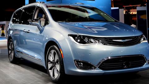 Google und Fiat-Chrysler bauen selbstfahrende Minivans