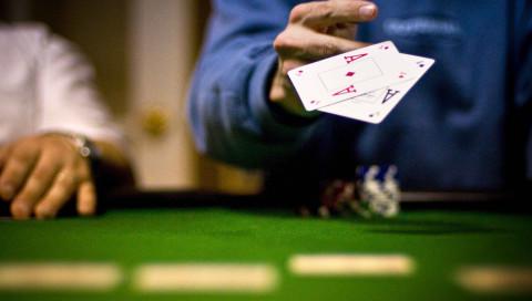 Eine neue Poker-KI besiegt die besten menschlichen Spieler