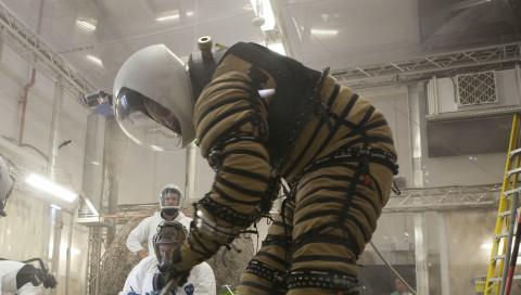 Die NASA testet Raumanzüge für den Mars