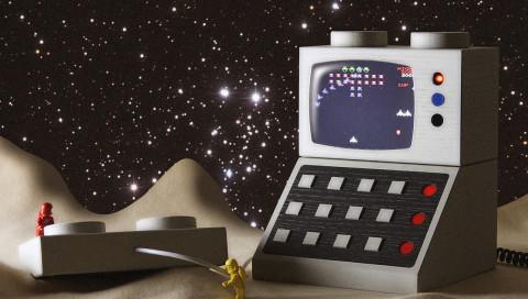 """Go Go Gadgets / Mit diesen Riesen-Legosteinen könnt ihr """"Pac-Man"""" spielen und telefonieren"""