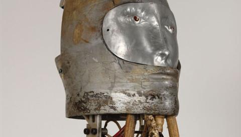 Die NASA versteigert einen Testroboter für Raumanzüge aus den 60ern