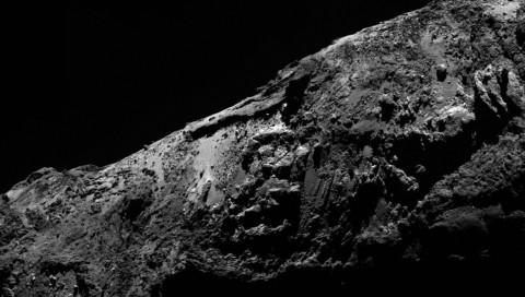 Rosetta weist erstmals Wasser auf dem Kometen 67P nach