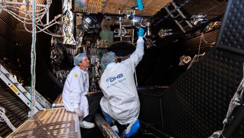"""""""Eine Art Lieferwagen"""" ist der erste Satellit aus Deutschland seit Jahrzehnten"""
