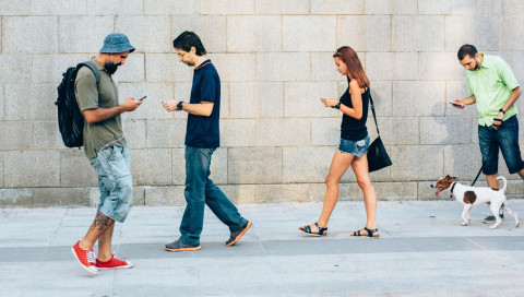 Wer sein Smartphone nicht sichert, kann gleich die Haustür offen lassen