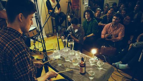 Zukunft der Musik / Klappe halten und zuhören —Sofar Sounds bringen Konzerte nach Hause