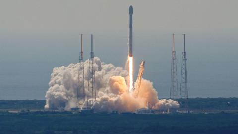 SpaceX hat seinen bisher größten Satelliten in den Orbit gebracht
