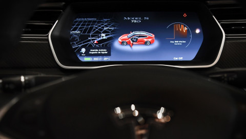 Der Swift-Macher wechselt von Apple zu Tesla