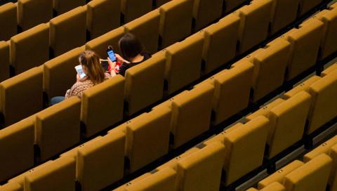 Digital ist besser / Unterschätzt mal die Jugendlichen im Netz nicht!