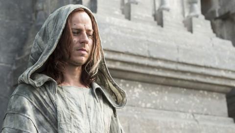"""Alle müssen sterben, nur er nicht: """"Game of Thrones""""-Star Tom Wlaschiha im Interview"""