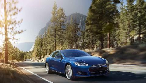 Elon Musk zeigt Model 3