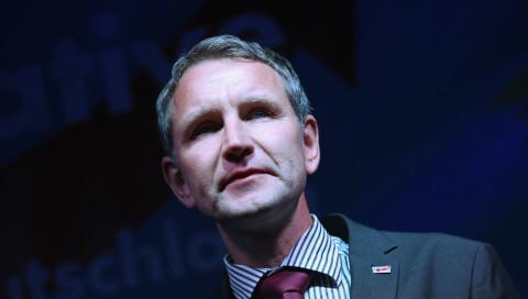 AfD-Politiker Björn Höcke blamiert sich mit Werbung für Vita Cola