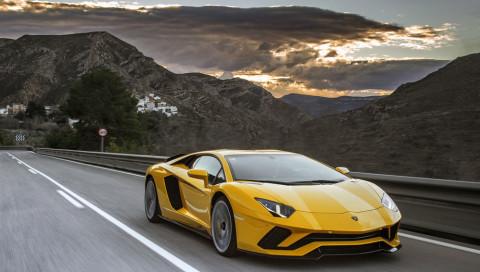 Erste Bilder vom Lamborghini Aventador SVJ