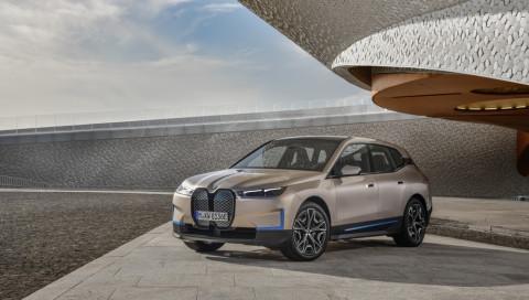BMW iX: Autobauer launcht rein elektrisches SUV mit 600 Kilometer Reichweite