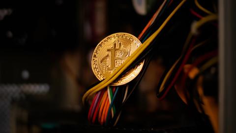 Milliardenklage: Mutmaßlicher Bitcoin-Erfinder steht vor Gericht