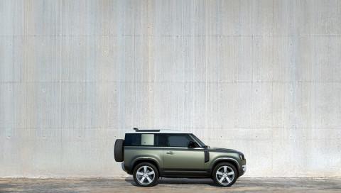 Land Rover Defender: Neuer Buckelpisten-Cowboy ist auch abseits des Geländes ganz groß