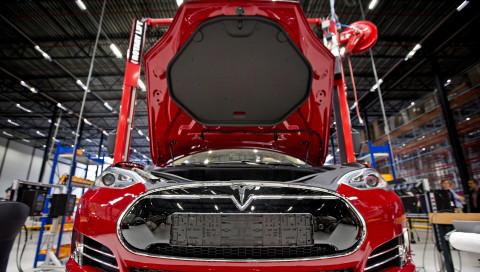 Tesla stoppt erneut die Model-3-Produktion