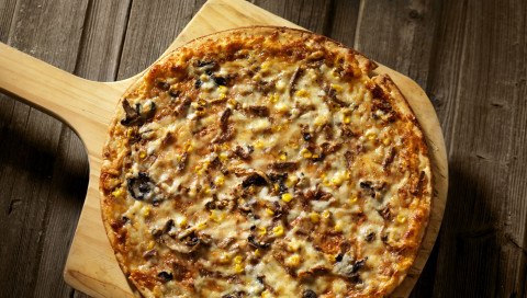 Wenn eine KI neue Pizza-Rezepte entwickelt, kommen seltsame Kreationen heraus