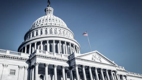 Twitter und Facebook sagen vor dem US-Senat aus