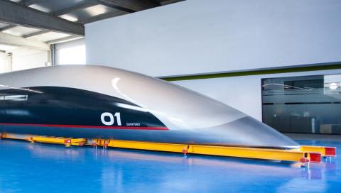 Diese Kapsel soll Passagiere durch Hyperloop-Röhren transportieren