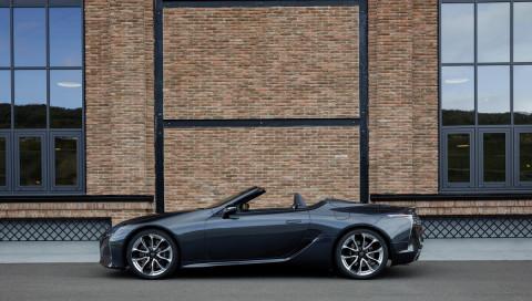 Winterblues adé: Im Lexus LC 500 Cabriolet geht's der Sonne entgegen